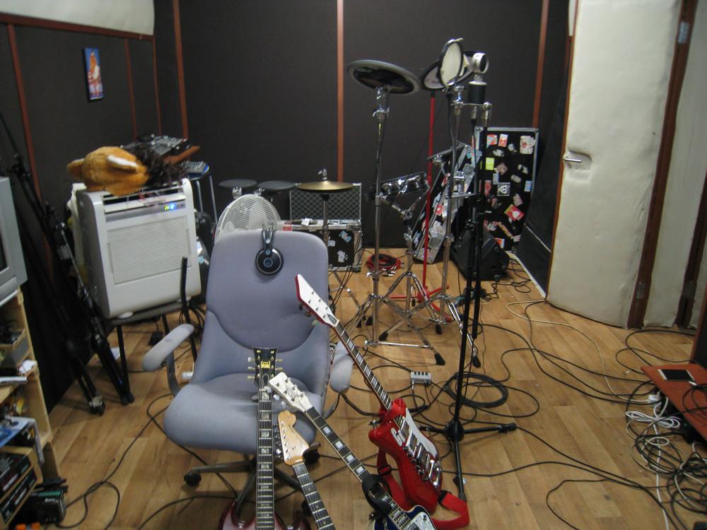 Репетиционная база группы «Дельфин»